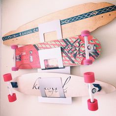 I used an old #magazine holder to hang the #longboards. What do you think? Jajh or najh?