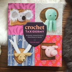 Use this quirky step by step guide to crochet your own taxidermy animal mounts. From hippos for foxes to zebras, this craft book has it all!