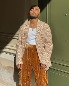 Stylish Mens Outfits, New Outfits, Cool Outfits, Fashion Outfits, Look Fashion, High Fashion, Outfits Hombre, Poses, Aesthetic Clothes