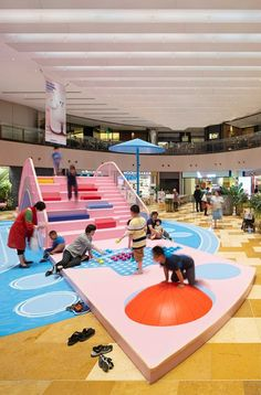 Twin Waves is an indoor installation in HKRI Taikoo Hui, a top-class business, retail & entertainment hub in Shanghai downtown, at the heart of. Playground Design, Outdoor Playground, Kindergarten Interior, Drawing Interior, 2nd City, Kids Store, School Holidays, Booth Design, Kid Spaces