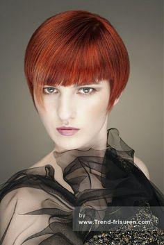 WILLIAM DE RIDDER Kurze Rot weiblich Gerade Farbige Multi-tonalen Definierte-Fransen Bob Frauen Haarschnitt Frisuren hairstyles