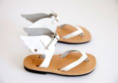 These angelic sadals need no introduction. Girls spring sandal styles go well with our Appaman looks. Gold Frankincense + Myrrh | Childrens Fashion & Accessories | Little Gatherer