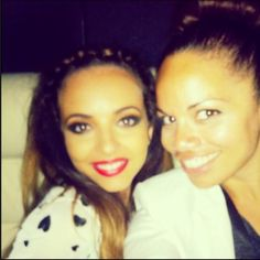 Jade after Chillfest and on the bus with Sam Coxy on the way to the Alton Towers festival(: