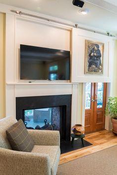 Hidden Tv Home Design Ideas, Pictures, Remodel and Decor Diy Screen Door, Sliding Screen Doors, Sliding Door Hardware, Diy Door, Hide Tv Over Fireplace, Fireplace Mantle, Tv Above Mantle, Simple Fireplace, Tv Escondida