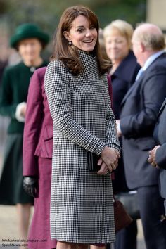 Duchess Kate: Kate in Houndstooth Reiss Coat for Action on Addiction Centre Visit
