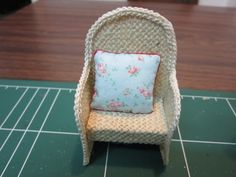 Drora's minimundo: Easy garden chairs tutorial
