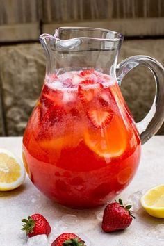 Strawberry Lemonade Recipe This easy homemade strawberry lemonade is made from fresh summer strawberries. It's a perfect mocktail as-is, but you can make it an alcoholic punch by adding vodka, moscato, or champagne. Or make it sparkling with club soda! Alcoholic Punch Recipes, Drink Recipes Nonalcoholic, Alcohol Recipes, Non Alcoholic Drinks, Cocktails, Summer Drink Recipes, Refreshing Drinks, Yummy Drinks, Healthy Drinks