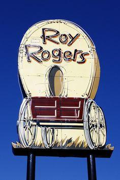 Roy Rogers old restaurant Cincinnati, Ohio Old Neon Signs, Vintage Neon Signs, Old Signs, Advertising Signs, Vintage Advertisements, Vintage Ads, Roadside Signs, Roadside Attractions, Roy Rogers