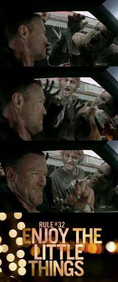 {Walking Dead} Merle:(      This was one of my favorite scenes. Merle screwing around with the walkers.