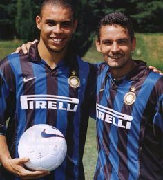 Ronaldo & Roberto Baggio LEGENDS