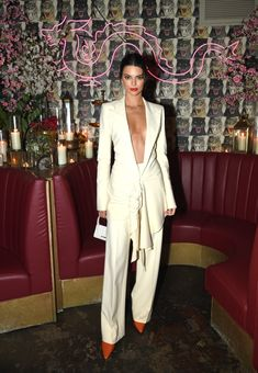 Kendall Jenner white look fancy outfit