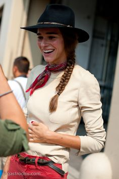 Cowgirl up! #MarinaMun–oz