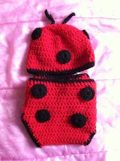 Lady bug hat and diaper cover, baby set, ladybug set, photography prop lady bug by katkrogcrafts on Etsy https://www.etsy.com/listing/157085910/lady-bug-hat-and-diaper-cover-baby-set