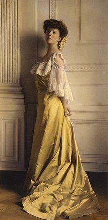 New Hero:  Alice Roosevelt by Frances Benjamin Johnston.jpg