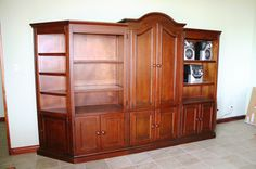 Costa Rica Furniture & Woodworking Shop If you want to learn woodworking techniques, try http://www.woodesigner.net