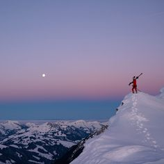 The stoke is real for Sierra Quitiquit breaking trail at sunrise 🌄 Hustle, Sustainability, Skiing, Bliss, Sunrise, Trail, Gloves, Board, Nature