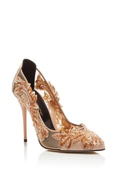 These **Oscar de la Renta** Alyssa pumps elevate the classic nude heel with intricate embroidery and patent leather.