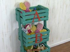Organizador con cajones de fruta | Roberto Quijano