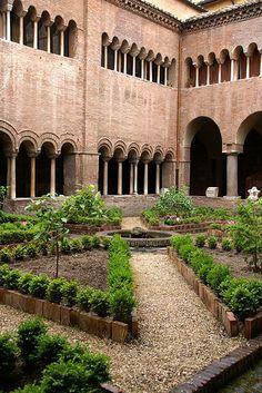 Rom, San Lorenzo fuori le Mura, Kreuzgang (St. Lawrence outside the Walls, cloister)