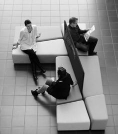 Diagonal, Givinig Privacy In Public Area