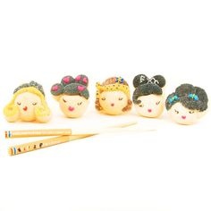 Marshmallows?  Yes.  Almost too cute to eat!  Harajuku Lovers Marshmallows with chopsticks; Dylanscandybar.com