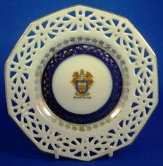 Bexhill-on-Sea Town Crest Souvenir Ribbon Plate c1920