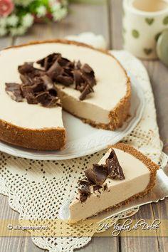 crostata al caffè e ricotta senza forno ricetta Easy Cheesecake Recipes, Easy Cake Recipes, Sweet Recipes, Dessert Recipes, Chocolate Cheesecake, Pumpkin Cheesecake, Chocolate Recipes, Lemon Cheesecake, Strawberry Cheesecake