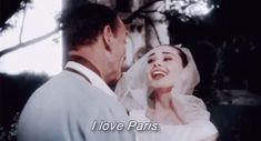 Audrey Hepburn in 'Funny Face' one of my favourite films. Definitely recommend if you love miss Hepburn, Fashion, Paris and the Funny Jokes And Riddles, New Funny Memes, Funny Love, Funny Kids, Audrey Hepburn Funny Face, Persona, Funny Baby Gifts, I Love Paris, Tumblr