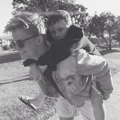 Cody with Tom :3