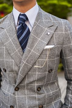 Suit and tie fixation Suit Fashion, Mens Fashion, Sports Jacket, Suit And Tie, Well Dressed Men, Gentleman Style, Wedding Suits, Stylish Men, Mens Suits