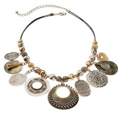 Alla Short Necklace #chicos #jewelry Beautiful and absolutely my style.