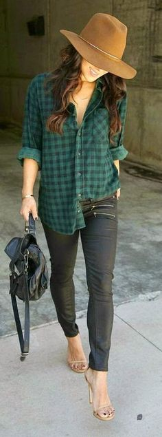 Spring / Summer - Fall / Winter - street chic style - green and black plaid shirt + black skinnies + nude ankle strap heeled sandals + black handbag + camel wook floppy hat