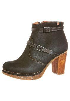 Art LIEGE Platform boots night