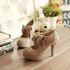 Fashion Round Closed Toe Front Bow Tie Embellished Stiletto High Heels Light Tan Leather Pumps on Luulla High Heel Pumps, Tan Pumps, Platform Pumps, Pumps Heels, Stiletto Heels, Suede Pumps, Cute High Heels, Cute Shoes, Me Too Shoes