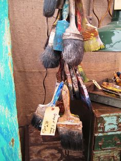 Round Top, TX - Marburger Farm Antique Market. Paint Brush Art #paint_brushes #marburger_farm #paintbrush_art
