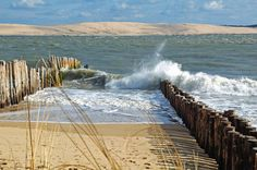 The beach of Cap Ferret - landscape Europe Travel Tips, Places To Travel, Places To Go, Vacation Spots, Vacation Destinations, Scenery Photography, Sea Waves, Am Meer, France Travel