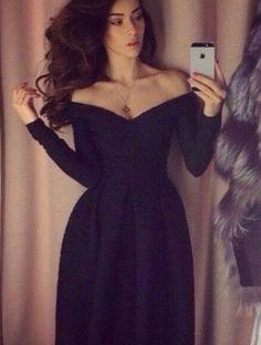 Стильное черное платье с приспущенными плечиками, фото 1