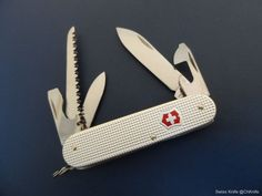 Victorinox Micro Farmer (Swiss Bianco) Swiss Army Knife -  84 mm