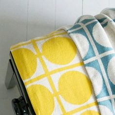 Sea blue or yellow? Which is your pick of the Don Collection blankets? We think they look pretty good together as well! Pretty Good, How To Look Pretty, Yellow, Blue, Blankets, Scandinavian, Polka Dots, Cushions, Sea