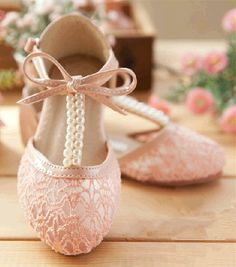 Creamy Ivory Pearl Lace Girls Shoes  Wedding Shoes by laceNbling, $32.00