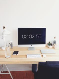 Collin Henderson is a Toronto based front-end developer and designer, and this is his workspace. This is my new workspace! I'm a web developer in Toronto, Canada, and when I'm not in the office downtown, this is where I get things done. It's almost entir