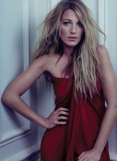 I have a serious lesbian crush on her.