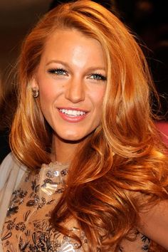 'Strawberry' implies a bold red color but strawberry blonde isn't bold or red but rather a warm, soft color. Strawberry blonde is really a light red with Blake Lively Hair Color, Strawberry Blonde Hair Color, Blonde Color, Blonde Highlights, Strawberry Hair, Red Color, Orange Highlights, Color Shades, 50 Shades