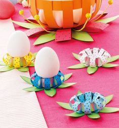 * * * The idea box of the I & # workshop * * *: DIY Easter Easter Art, Easter Crafts, Easter Eggs, Spring Crafts, Holiday Crafts, Paper Balls, Diy And Crafts, Crafts For Kids, Ideias Diy