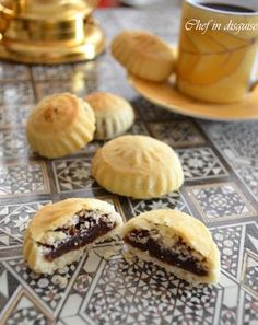 Maamoul - Stuffed Cookies
