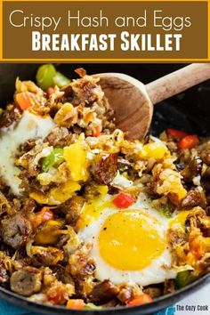 This breakfast skillet is loaded with crispy golden hash, mouth-watering sausage, and perfectly cooked eggs. All you need is a single skillet to make this deliciously satisfying breakfast! Crispy Breakfast Potatoes, Breakfast Skillet, Sausage Breakfast, Breakfast Dishes, Breakfast Recipes, Breakfast Casserole, Breakfast Ideas, Best Egg Recipes, Brunch Recipes