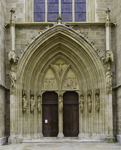 Vienna, Austria--The architecture of this church is PHENOMENAL!