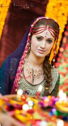 Mehndi Dress . Pakistani Bride ♡ ♥ ♡ .Pakistani Style. Follow me here MrZeshan Sadiq
