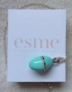 Esme Jewelled Perfume Pendants http://iamfabulicious.blogspot.co.uk/2012/05/esmnejewelled-pendant.html