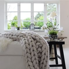New week - new possibilities... First of all I have to clean the hole house - it's pretty messy all over I'll rather relax with my comfy blanket from @owansstudio enjoy out there #interior #interiør #homestyling #interiorinspirasjon #boho #Skönahem #interior #interiør #homestyling #boho #ssevjen #myhome #interior123 #Interiorwarrior #asafotoninspo #boheme #interior4all #interior_and_living #dream_interiors #interior444 #homeinterior4you #interiørmagasinet @interior_magasinet…